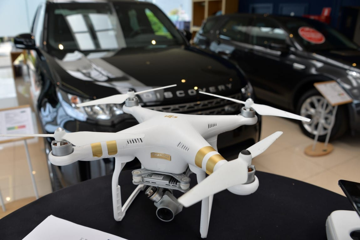 Drone-opnames-landrover-jaguar